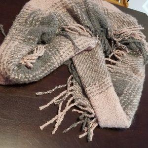 NWT infinity scarf